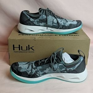 Huk Mako Erie Charcoal Lace Up Shoes